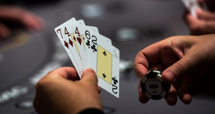 Poker Online – Amati Lawan Anda Kemudian Mainkan